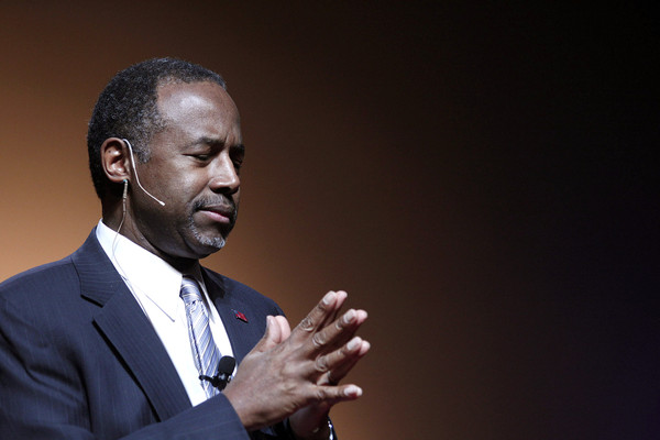 Republican Dr. Ben Carson, a retired pediatric neurosurgeon, speaks as he officially announces his candidacy for President of the United States at the Music Hall Center for the Performing Arts May 4, 2015 in Detroit, Michigan.