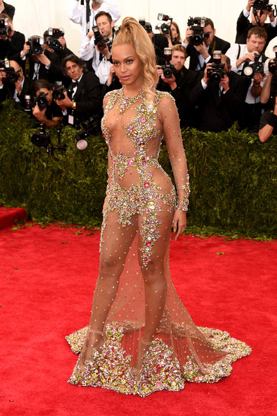 "Beyonce attends the ""China: Through The Looking Glass"" Costume Institute Benefit Gala at the Metropolitan Museum of Art on May 4, 2015 in New York City"