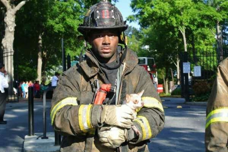 tavaris slade, injured fire fighter, close calls,
