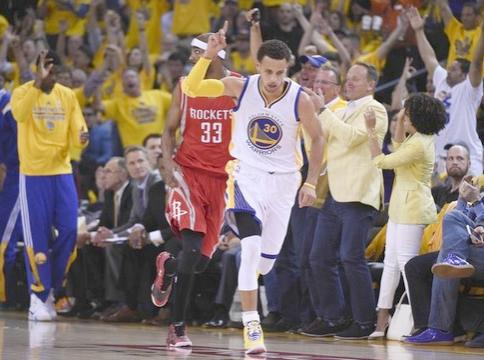 steph curry (finger in air)