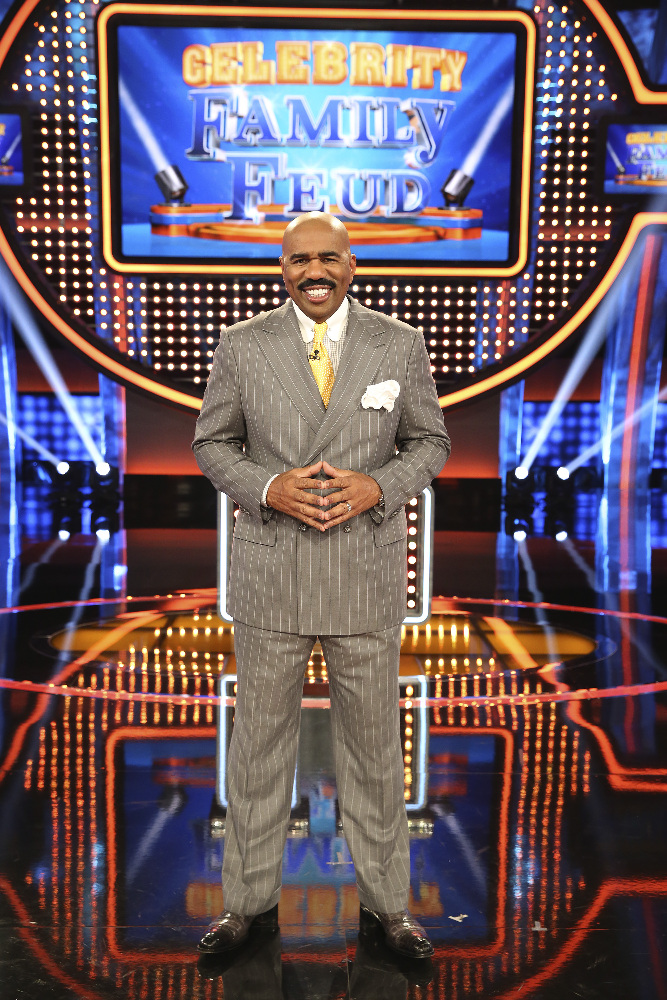 """CELEBRITY FAMILY FEUD - Watching two families spar off against each other in """"Family Feud"""" is one of television's most popular and enduring game show formats. In the new primetime celebrity version produced by FremantleMedia North America, """"Celebrity Family Feud"""" will take the fun to another level over the six-episode special series. Steve Harvey, the highly popular multi-hyphenate standup comedian, actor, author, deejay and Emmy Award-winning game show host, will pit celebrities against each other in a contest to name the most popular responses to a survey-type question posed to 100 people. """"Celebrity Family Feud"""" premieres on SUNDAY, JUNE 21 (8:00-9:00 p.m., ET/PT) on the ABC Television Network. (ABC/Adam Taylor) STEVE HARVEY"""