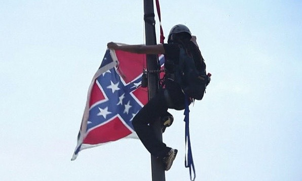 WPTV-Confederate-flag-removed-by-activist-in-SC_1435429133468_20394914_ver1.0_640_480