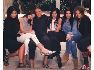 bruce-jenner-and-family