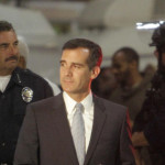 LA Mayor Garcetti Finally Agrees to Meet with Black Lives Matter Activists (Dramatic Video)