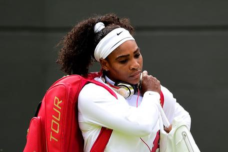 serena williams (red bag1)