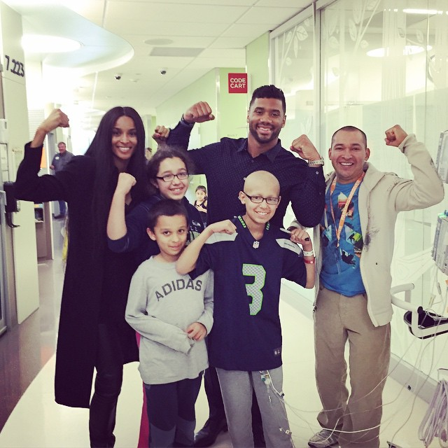 Russell Wilson & Ciara at Seattle Children's Hospital. (Instagram)