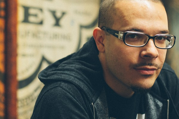 Shaun King's Fam Confirms He's White; HS Beatdown Was for 'Dating a Black Girl'   EURweb