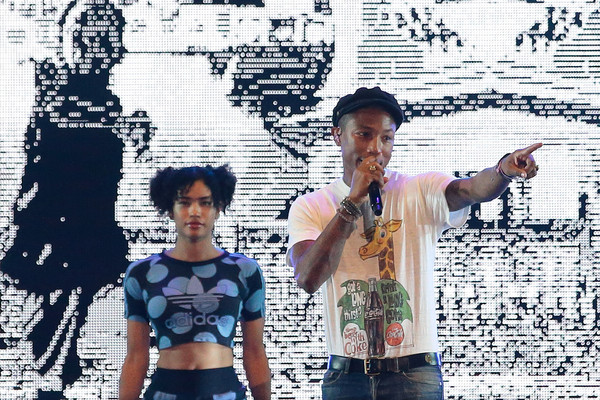 Pharrell Williams performs live on stage on Day 1 at the Singapore Formula One Grand Prix Marina Bay Street Circuit at the Padang on September 18, 2015 in Singapore. (Sept. 17, 2015 -