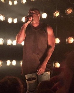 Kanye West performs at Verizon's go90 app launch in Beverly Hills (Sept. 24, 2015)