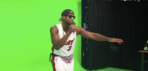 "Dwyane Wade lip-syncs ""This Is How We Do It"""