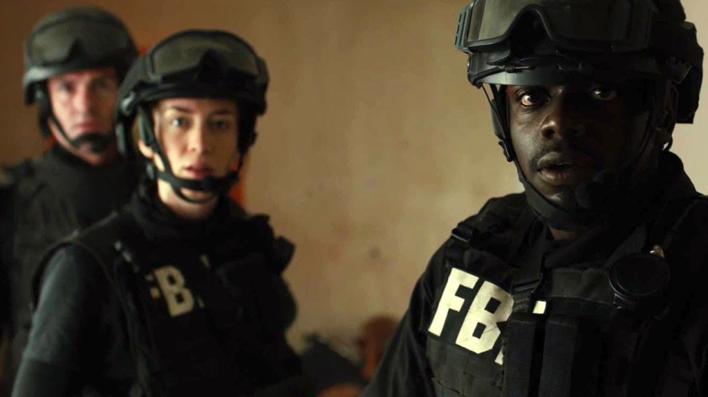Emily Blunt and Daniel Kaluuya in a scene from SICARIO.