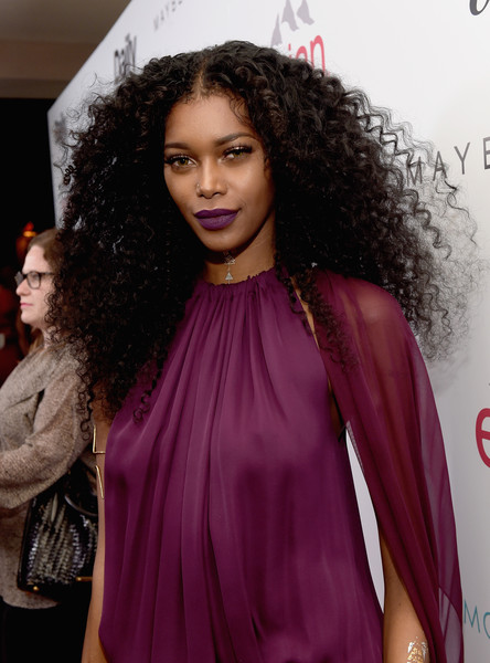 """Model Jessica White attends The DAILY FRONT ROW """"Fashion Los Angeles Awards"""" Show at Sunset Tower on January 22, 2015 in West Hollywood, California"""