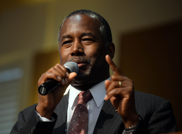 Republican presidential candidate Ben Carson speaks during a town hall event at River Woods September 30, 2015 in Exeter, New Hampshire