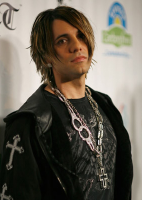 criss angel magician cancels vegas shows to go to cancer stricken