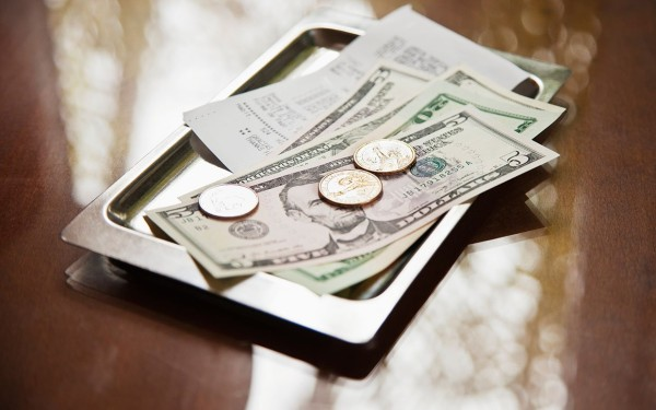 how-much-to-tip-ftr
