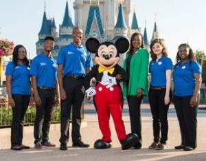 Pictured from left to right: Aisha Louis, Jonathan Johnson, Matthew Young, Mickey Mouse, Disney Vice President of Global Initiatives and Integrations/Disney Dreamers Academy Executive Champion Tracey D. Powell, Rachel Pence and Imani McClendon