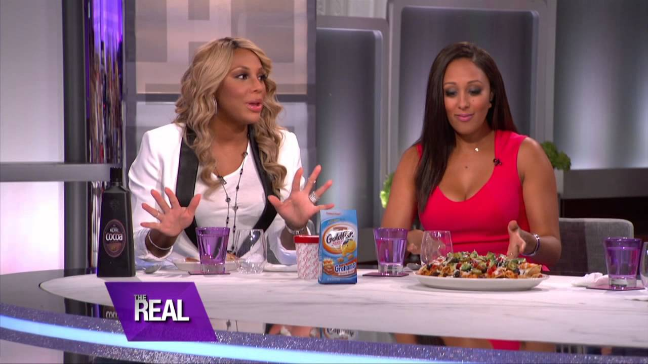 """Tamar Braxton (L) and Tamera Mowry-Housley of """"The Real"""""""
