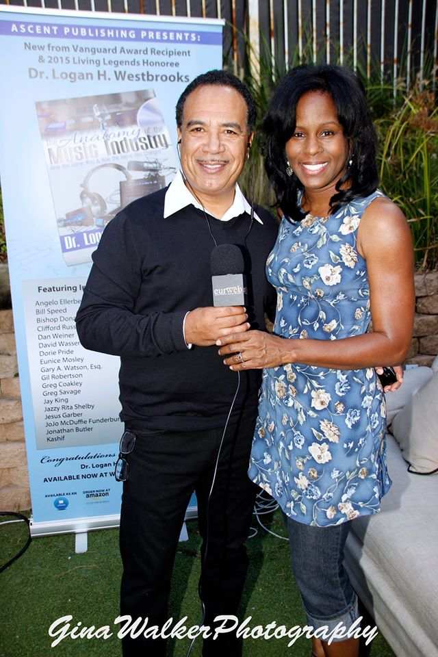 Jay King chats it up with Jazzy Rita Shelby at Studio City's XEN Lounge Soulful Sundays, the host venue for the book release of The Anatomy of the Music Industry (L. Westbrooks) Photo credit: Gina Walker