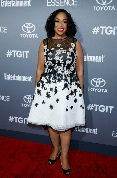 Actress Shonda Rhimes attends the celebration of ABC's TGIT Line-up held at Gracias Madre on September 26, 2015 in West Hollywood, California.