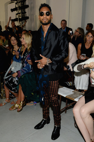 Singer Miguel attends Rodarte Spring 2016 during New York Fashion Week at Center 548 on September 15, 2015 in New York City.