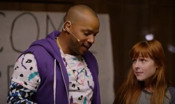 Donald Faison in Camp Halftime
