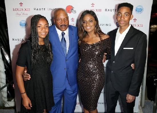 NFL Great Jim Brown Celebrates 80th Birthday with Celebs ...