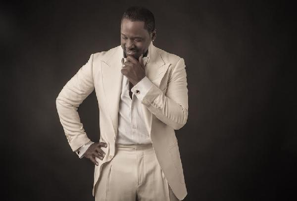 johnny gill (white suit)
