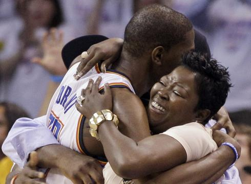 Kevin Durant and his mom Wanda Pratt