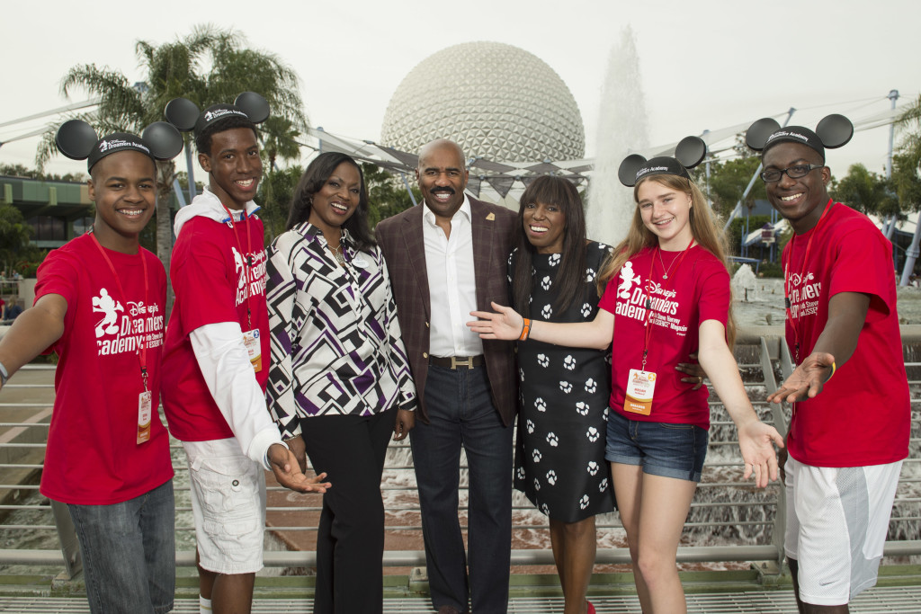 Disney Dreamers (L-R) Devin Elmore, Ellis Glover, Megan Hubbard and Ronald Clinton of Los Angeles pose with (L-R) Tracey D. Powell, Disney executive champion of Disney's Dreamers Academy, Steve Harvey and Mikki Taylor, editor-at-large for Essence Magazine. (David Roark, photographer)