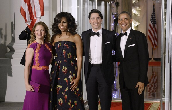 (L-R) First Lady Sophie Trudeau of Canada, First Lady Michelle Obama, Prime Minister Justin Trudeau of Canada and President Barack Obama pose at the North Portico of the White House on March 10, 2016 in Washington, D.C. Prime Minister Trudeau is on an official visit to Washington.
