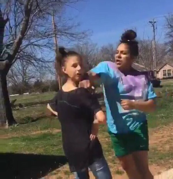 Aleeyah punching a girl who had just called her the n-word
