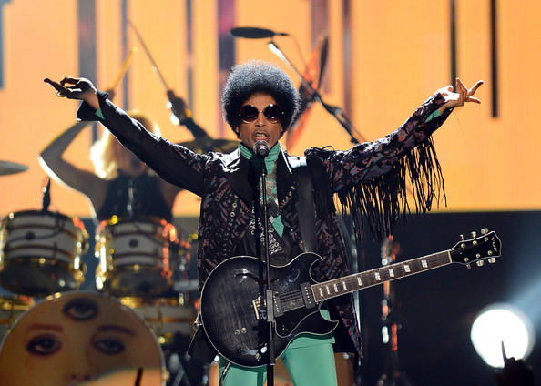 Prince Thrills with 'Piano and a Microphone' Show in ...