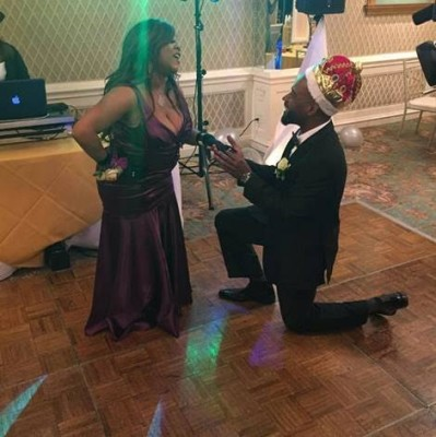 countess vaughn engagment photo 1
