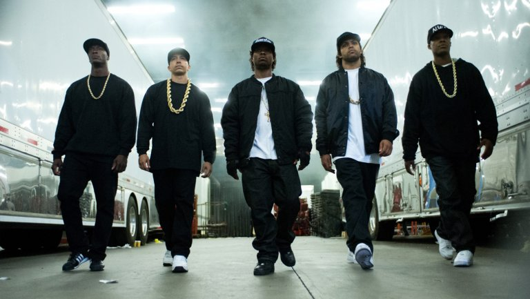 straightouttacompton2015_01