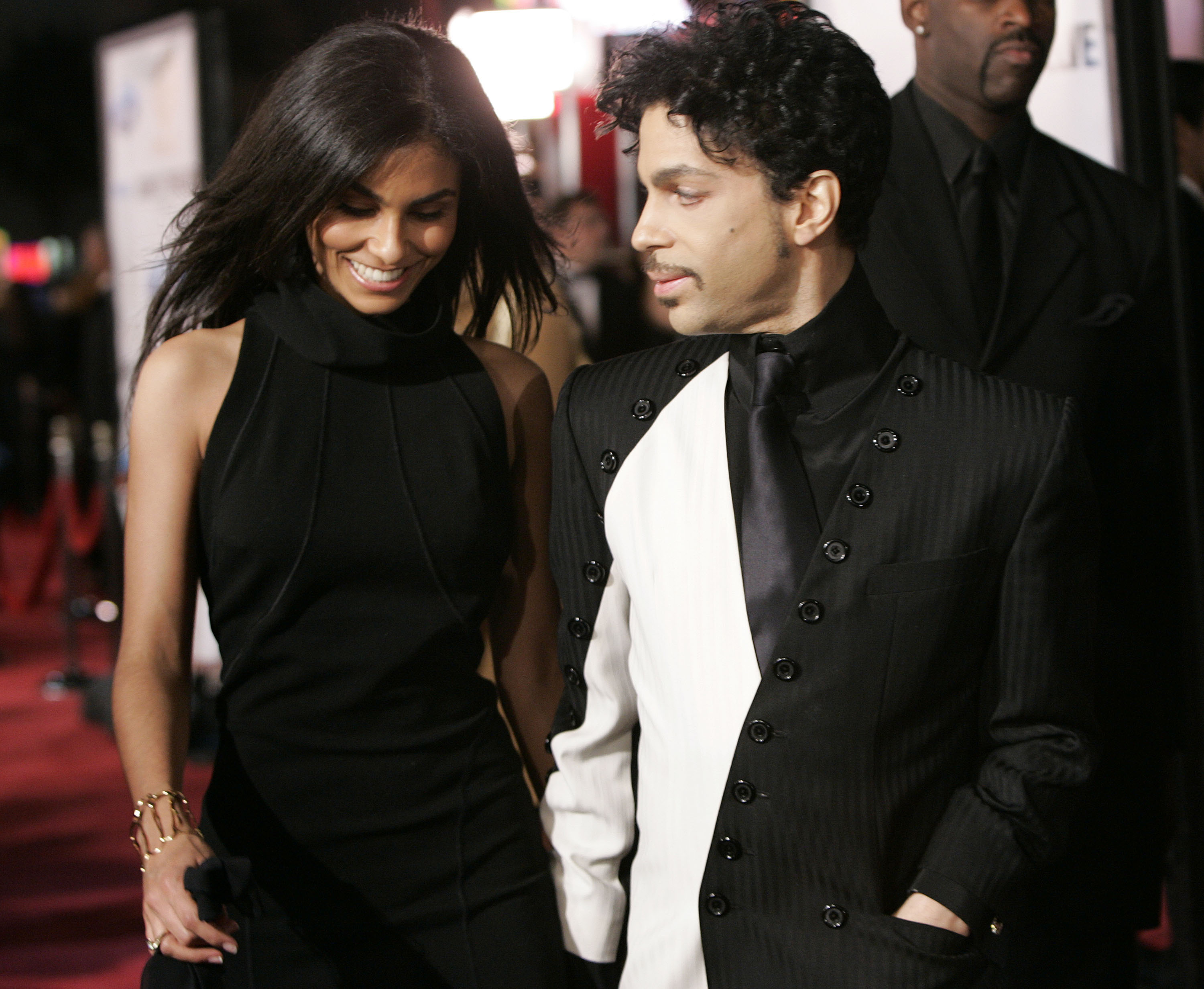 "Prince with wife Manuela Testolini during ""Ocean's Twelve"" Los Angeles Premiere - Arrivals at Grauman's Chineese Theater in Los Angeles, California, United States. (Photo by Chris Polk/FilmMagic)"
