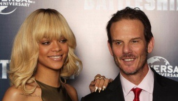 LONDON, ENGLAND - MARCH 28: Rihanna and Peter Berg attend a photocall for Battleship at The Corinthia Hotel on March 28, 2012 in London, England. (Photo by Dave J Hogan/Getty Images)