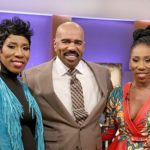 Steve Harvey's Twin Daughters to Co-Host 'Twin Hour' Episode (Clip)