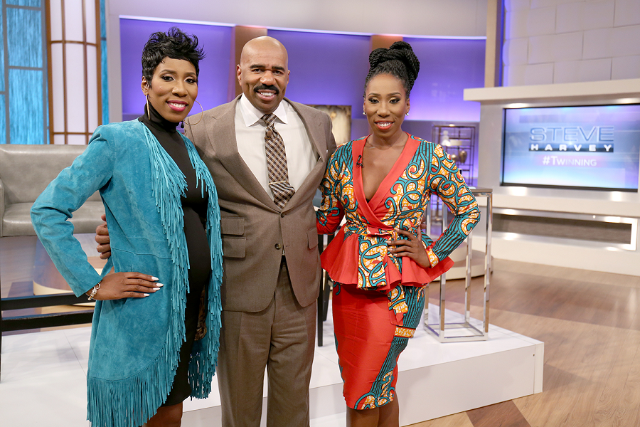 steve harvey show dating twins The following is an episode list of the wb sitcom the steve harvey show  regina goes on a singles outing that she booked prior to dating steve,.