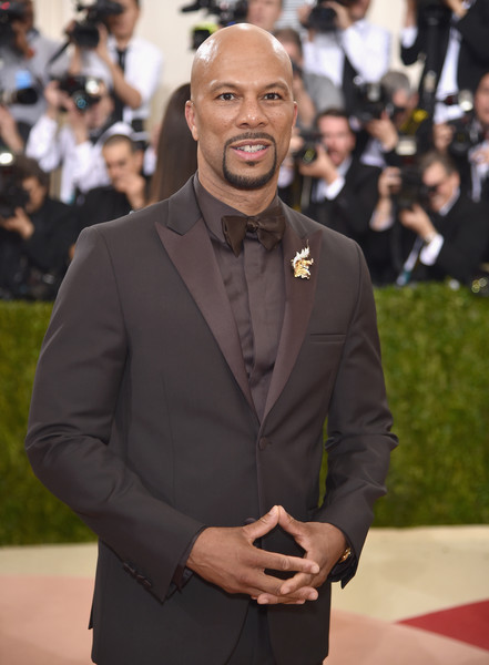 """Common attends the """"Manus x Machina: Fashion In An Age Of Technology"""" Costume Institute Gala at Metropolitan Museum of Art on May 2, 2016 in New York City."""