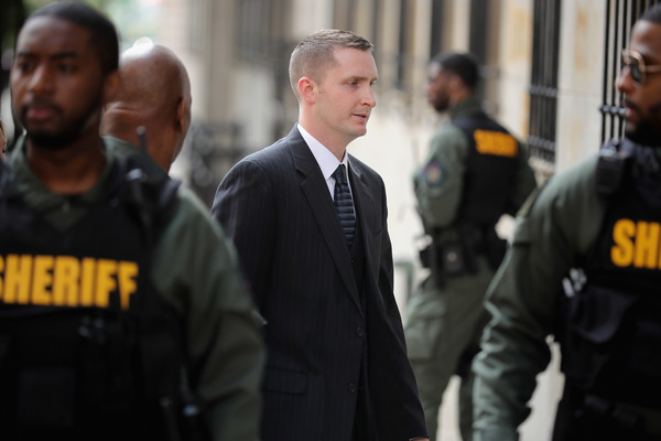 Baltimore Police Officer Edward Nero (C) arrives at the Mitchell Courthouse-West on the day a judge will issue a vertict in his trial May 23, 2016 in Baltimore, Maryland.