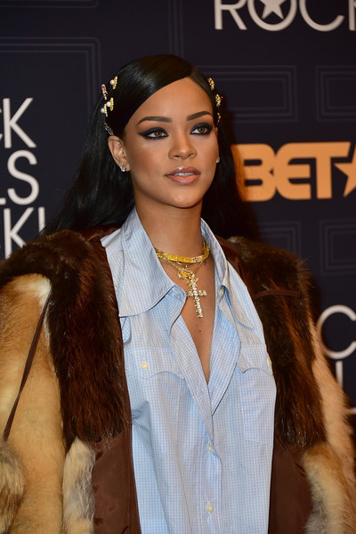Singer Rihanna attends the Black Girls Rock! 2016 Show at New Jersey Performing Arts Center on April 1, 2016 in Newark, New Jersey.