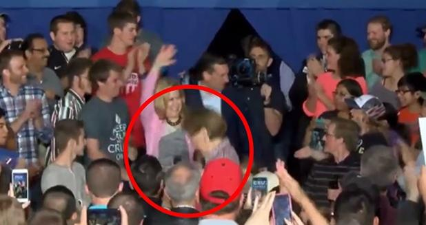 carly fiorina falls off stage