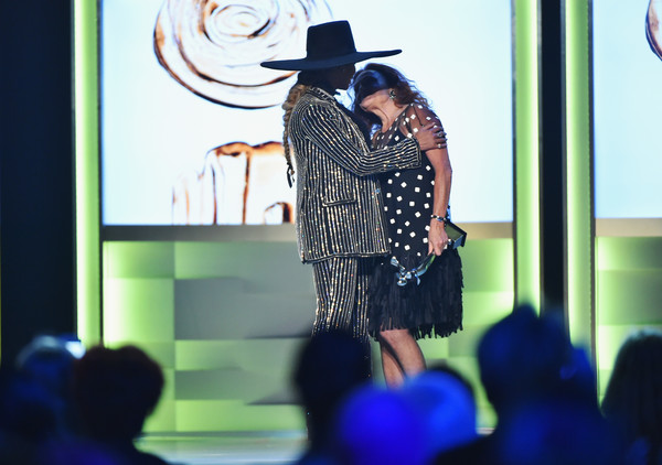 Designer Diane von Furstenberg presents Beyonce with The CDFA Fashion Icon Award on stage at the 2016 CFDA Fashion Awards at the Hammerstein Ballroom on June 6, 2016 in New York City.