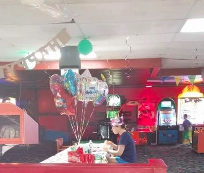 Halle waits alone for her friends to come and help her celebrate her 18th birthday.