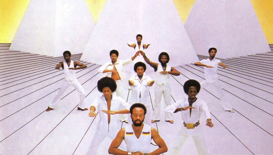 Earth Wind and Fire One of the most successful bands of the 20th Century www.EarthWindandFire.com