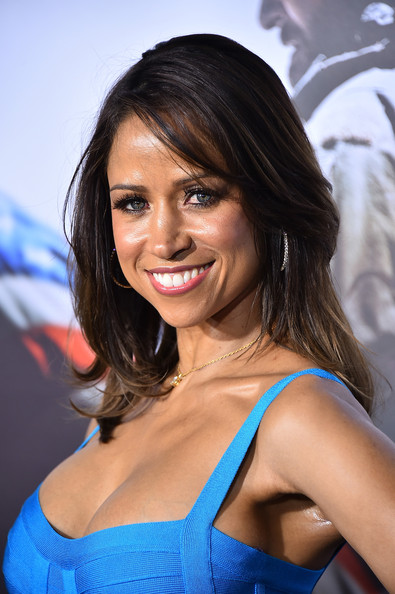 """Stacey Dash arrives at the """"American Sniper"""" New York Premiere at Frederick P. Rose Hall, Jazz at Lincoln Center on December 15, 2014 in New York City."""