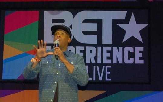 anthony brown - bet experience live