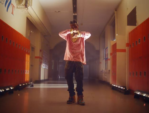 """Fetty Wap in video for """"Wake Up"""""""