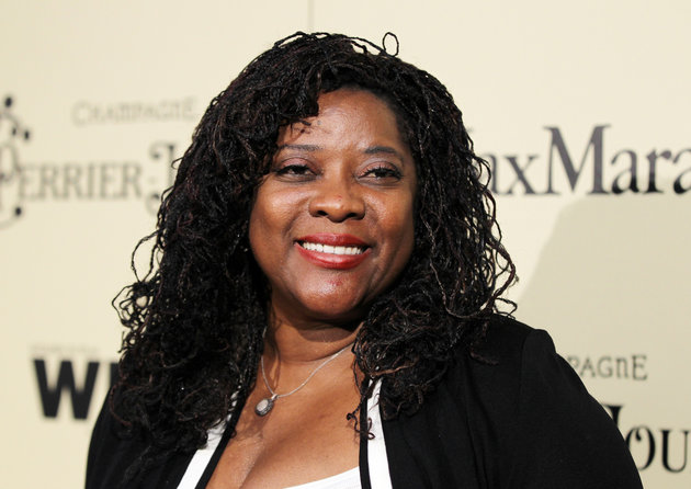 Actress Loretta Devine poses at the Women In Film pre-oscar cocktail party at Cecconi's in West Hollywood, California February 24, 2012. REUTERS/Danny Moloshok (UNITED STATES - Tags: ENTERTAINMENT)