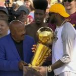Cleveland Heroes: Jim Brown, LeBron James Share a Moment at Cavs Parade